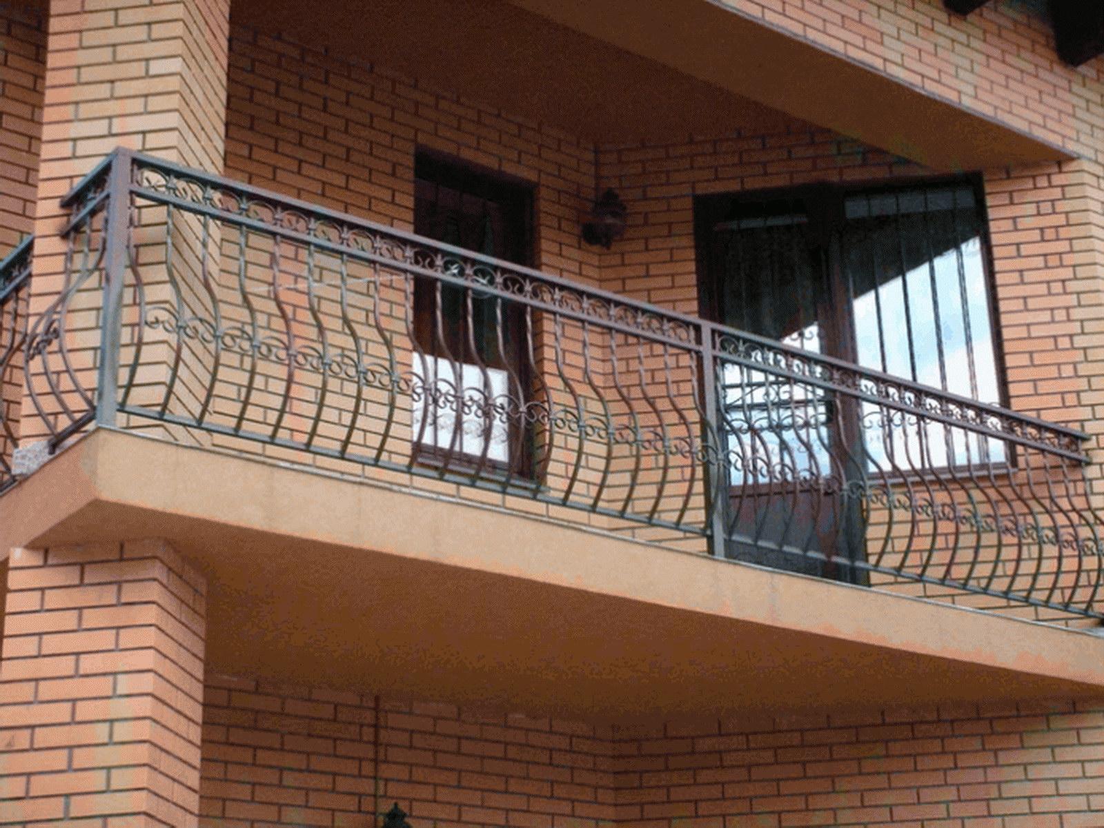 Ограждение открытого балкона недорого цена.
