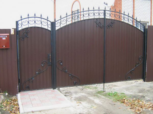 Кованые ворота Оренбург (132)
